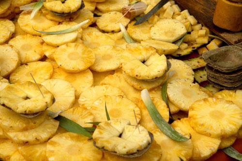Pineapple chaat