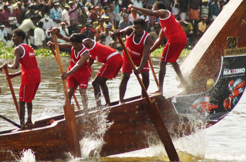 Scenes from a boat race