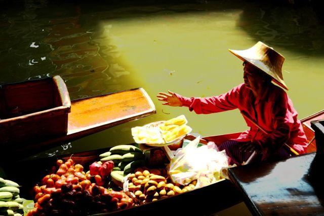 Friday photo: Floating market