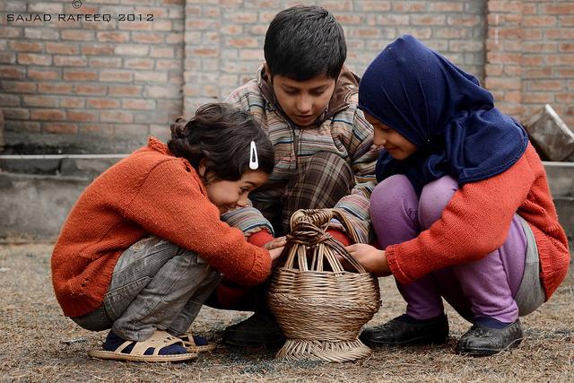 kids with kangri