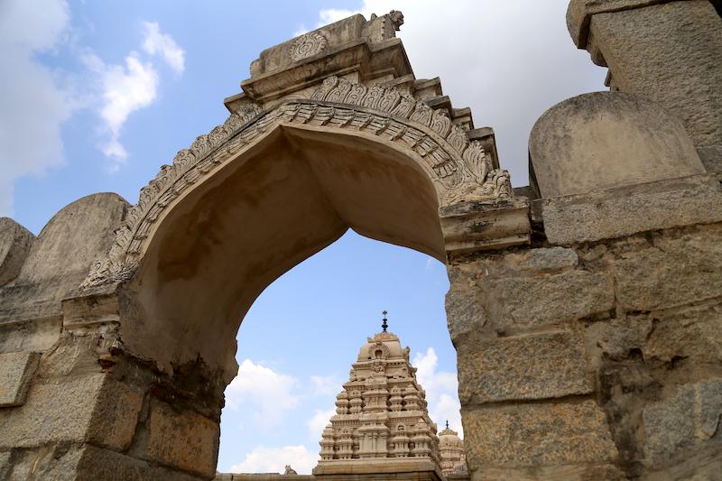 Lepakshi: stories in stone