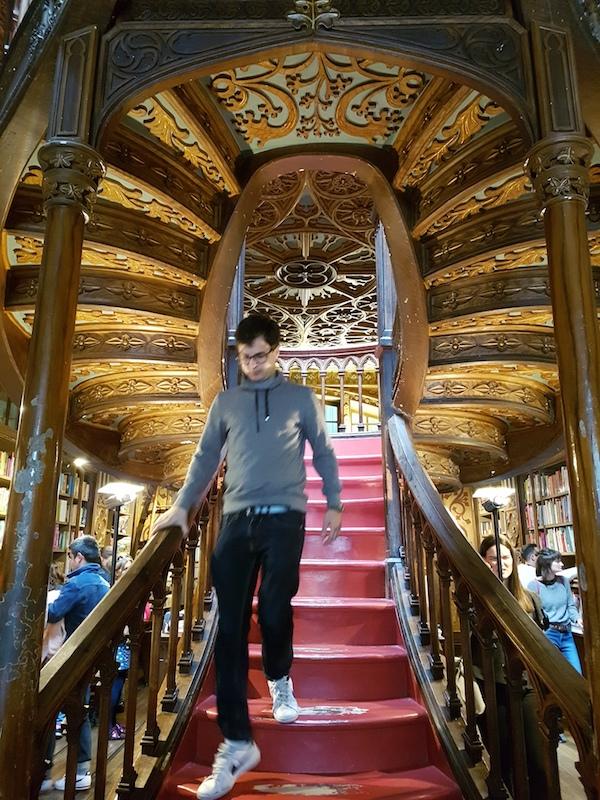 Photoessay on Livraria Lello, Portugal's most beautiful bookshop